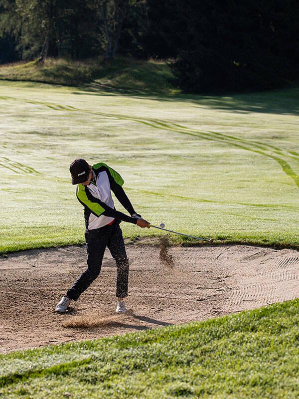 Golfunterricht mit  Professional Elias